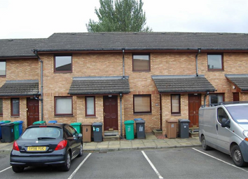 Thumbnail 1 bed flat to rent in 10, Glenbridge Court, Dunfermline KY12,