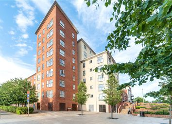 Thumbnail 2 bedroom flat for sale in Lansdowne House, Moulsford Mews, Reading