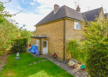 Thumbnail 2 bedroom flat to rent in Church Crescent, Maidstone