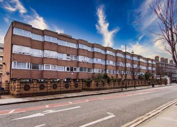 3 bed flat to rent in Keats House, Roman Road, London E2