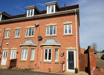Thumbnail 3 bed town house for sale in Beaumont Road, Flitwick