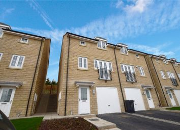 Thumbnail 3 bed town house to rent in Staincliffe Drive, Keighley