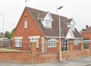 Thumbnail 2 bed detached bungalow for sale in Oakdale Road, Mansfield