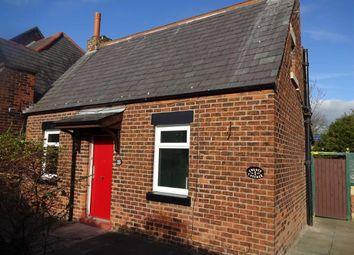 Thumbnail 2 bed cottage to rent in Farringdon Lane, Ribbleton, Preston