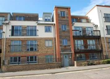 Thumbnail 2 bed flat to rent in The Waterfront, Hertford