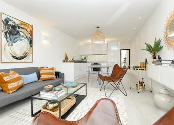 Thumbnail 3 bed end terrace house for sale in Crossway, Stoke Newington, London