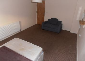 Thumbnail Room to rent in North Clive Street, Cardiff