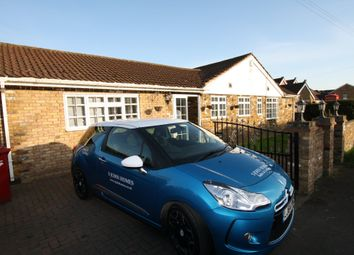 Thumbnail 4 bed detached bungalow to rent in Sutton Lane, Langley, Slough