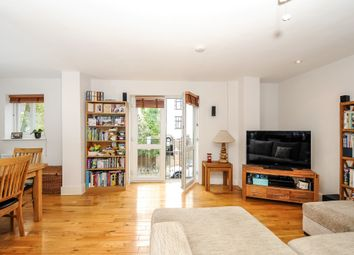 2 bed maisonette to rent in Annette Road, London N7