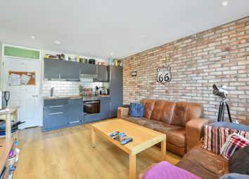 4 bed flat to rent in Palace Road, London SW2