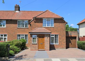 Thumbnail Property for sale in Saxon Drive, West Acton