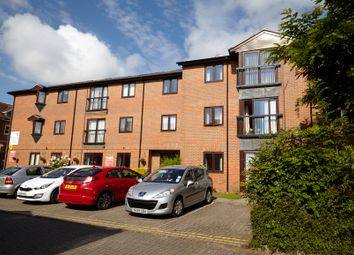 Thumbnail 1 bed flat for sale in Bancroft, Hitchin