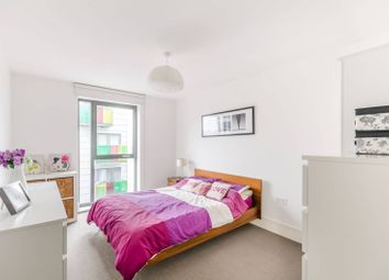 Thumbnail 2 bed flat for sale in Bicycle Mews, Clapham, London