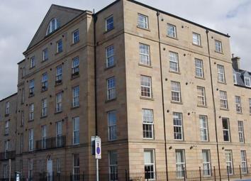 Thumbnail 2 bed flat to rent in East London Street, Edinburgh