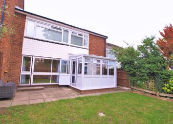 2 bed maisonette to rent in Mapleton Close, Bromley BR2