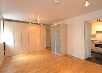 Thumbnail Studio to rent in Clarence Close, Barnet, Hertfordshire