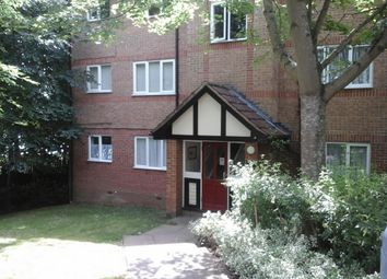 Thumbnail 1 bedroom flat to rent in Woodland Grove, Epping