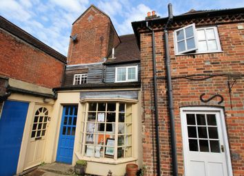 Thumbnail 2 bed flat to rent in High St, Bishops Waltham