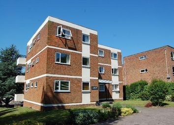 Thumbnail 2 bedroom flat to rent in Milton Road, Harpenden