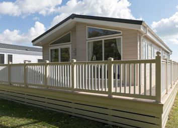 Thumbnail 2 bedroom lodge for sale in Dymchurch Road, New Romney