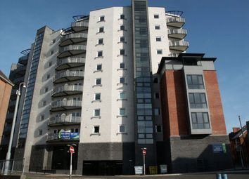 Thumbnail 1 bed flat to rent in The Pinnacle, Woolmonger St, Town Centre