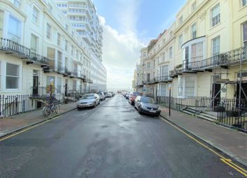 2 bed maisonette to rent in Cavendish Place, Brighton BN1