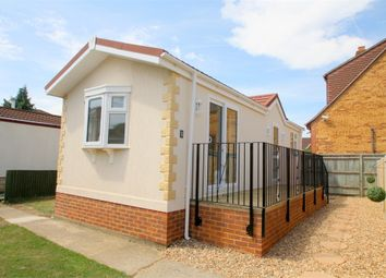 Thumbnail 1 bedroom mobile/park home for sale in Greenhaven, Ferry Avenue, Staines-Upon-Thames, Surrey