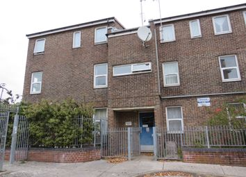 Thumbnail Flat for sale in Clarence Court, Stonehouse, Plymouth