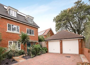 Thumbnail 5 bed detached house for sale in Metcalfe Avenue, Carshalton