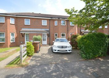 Thumbnail 3 bed property to rent in Broadwater Crescent, Welwyn Garden City