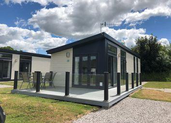 Thumbnail 2 bed mobile/park home for sale in South Lakeland Leisure Village, Borwick Lane, Carnforth
