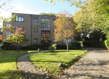 2 bed flat to rent in Vesey Close, Sutton Coldfield B74
