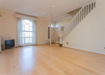 3 bed property to rent in Sovereign Crescent, London SE16