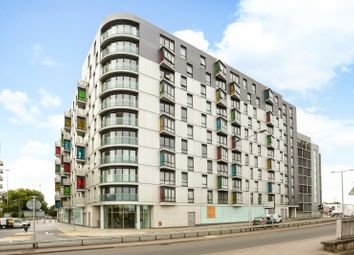 Thumbnail 2 bed flat for sale in Hermitage, Chatham Street, Reading
