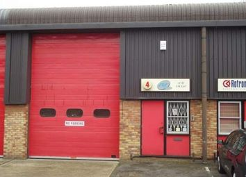 Thumbnail Warehouse to let in Ground Floor, 4 Riverside Industrial Park, Dogflud Way, Farnham, Surrey