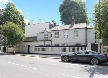 Thumbnail 4 bed terraced house to rent in Addison Crescent, London