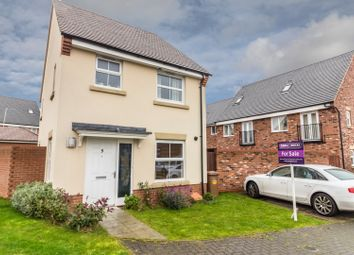 Thumbnail 3 bed detached house for sale in Vetch Way, Andover