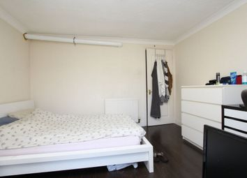 Thumbnail Room to rent in Lyndhurst Lodge, 2 Millenium Drive, Island Gardens