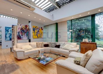 Thumbnail 2 bed detached house for sale in Detached Rear Of, Crediton Hill, West Hampstead