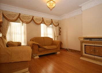 4 bed terraced house to rent in Sunningdale Avenue, Acton W3