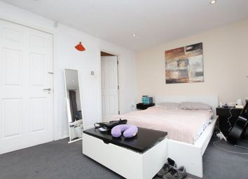Thumbnail Room to rent in Jamestown Way, Canary Wharf