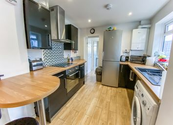 1 bed property to rent in High Street, Eastleigh, Hampshire SO50