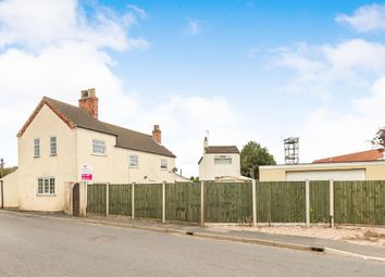 Thumbnail 5 bedroom detached house for sale in High Street, Epworth, Doncaster