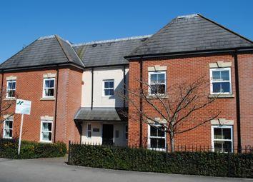 Thumbnail 2 bed flat for sale in Rockingham Road, Newbury