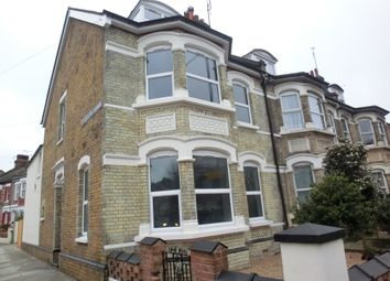 Thumbnail 3 bed flat to rent in Milton Road, Gravesend