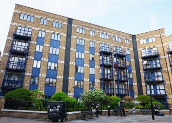 Thumbnail 2 bed flat for sale in 54 Folgate Street, London