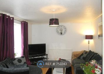 Thumbnail 3 bedroom flat to rent in Farm House Close, Broxbourne