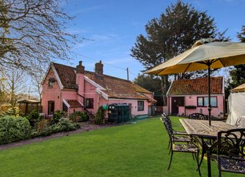 The Street, Horham, Near Eye IP21. 4 bed cottage for sale