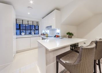 Thumbnail 2 bed property to rent in Rainville Road, London