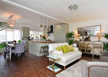 Thumbnail 2 bed flat for sale in Nottingham Court, Covent Garden